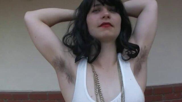 Adulto sin registro  Ella folla en porno amatrur latino el culo mientras chupa el pene
