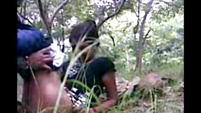 Porno sin registro  La videos porno latinos amateur tentadora adolescente Tara se folla un consolador gigantesco