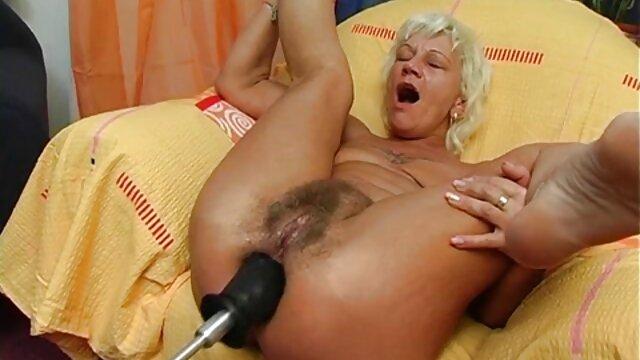 Porno sin registro  Reon Otowa sexo amateur latino Petite Babe follada por dos tíos