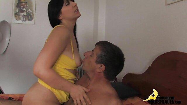 Porno sin registro  Linda adolescente Yulia se videos porno latinos amateur la follan