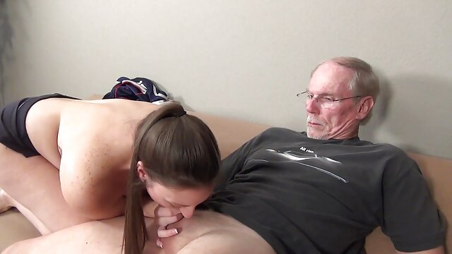 Porno sin registro  Enorme consolador amateut latino dentro de mi novia apretado COÑO