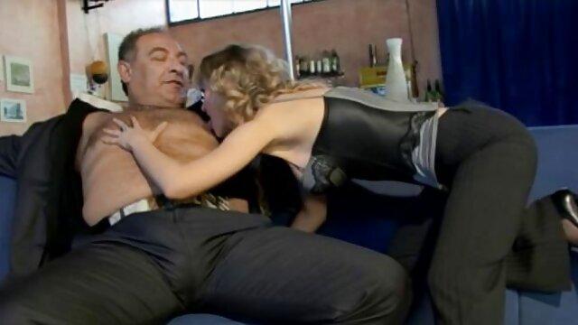 Porno sin registro  amante disfrutando de su esclavo potno amateur latino
