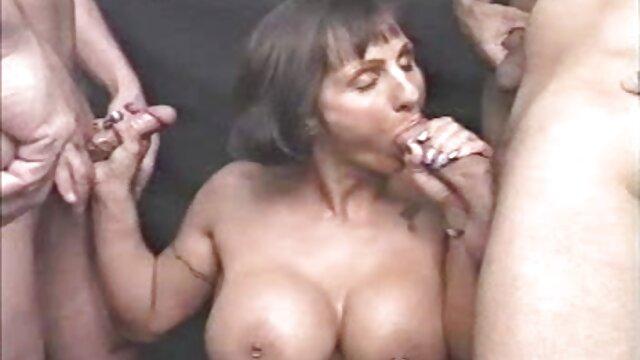 Porno sin registro  Chico afortunado por no amteur latino