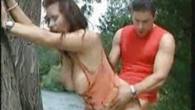 Porno sin registro  MILF follada videos porno amateur latinos por el culo