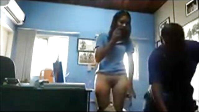 Porno sin registro  Trabajando con el pie con fugas amateur porn latino