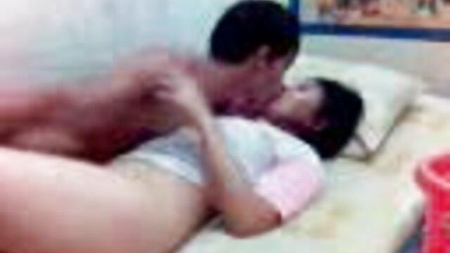 Porno sin registro  Me follé al porno amatur latino guía turístico