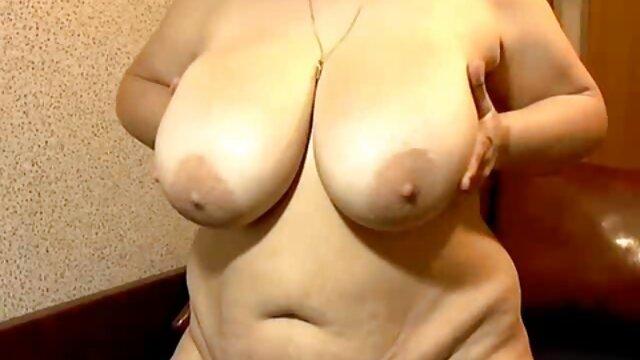 Porno sin registro  ¡Pelirroja es una zorra videosamateurlatino de tres agujeros!
