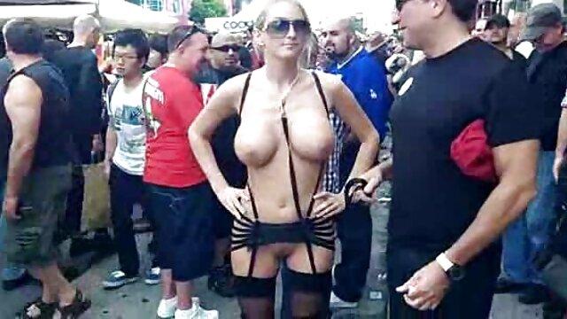 Porno sin registro  Tia Sweets - Lesbianas calientes amateurlatinovip folladas con correa