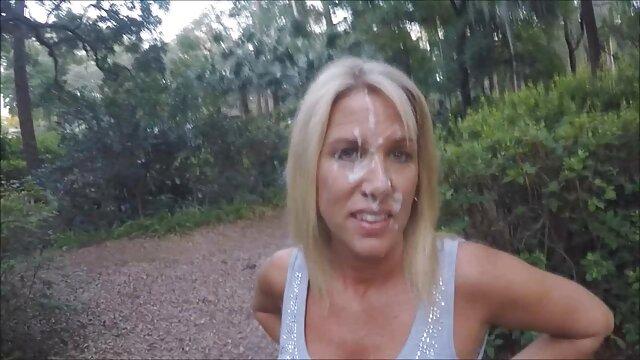 Porno sin registro  Enorme máquina de chorros porno amatrur latino con grandes pechos bronceados y novia