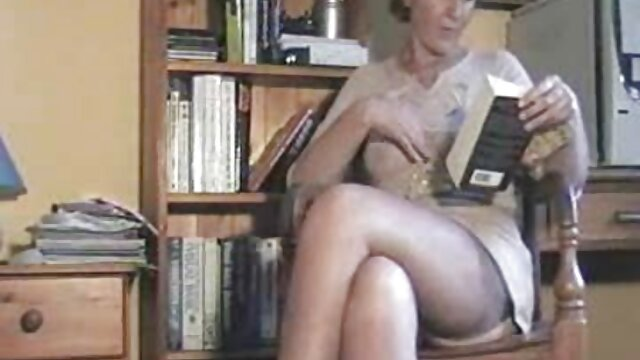 Porno sin registro  BDSM XXX Sumisos amateurlatinovip jóvenes cachondos solo se corren cuando sus Maestros lo permiten