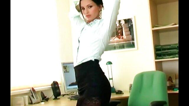 Porno sin registro  Rubia amatuer latino babe gags