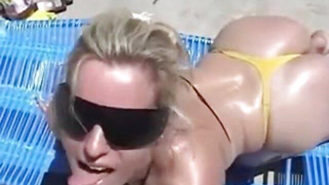 Porno sin registro  Morena tetona en el coño y porno smateur latino el culo