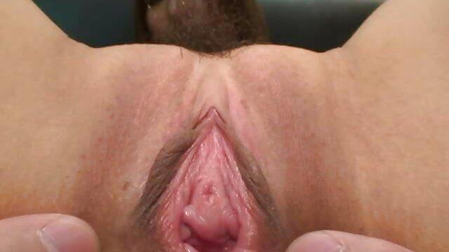Porno sin registro  Adolescente flaco obtiene culo jodido video amateur latino