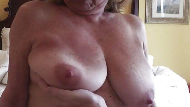 Porno sin registro  Tori sexo latino amateur